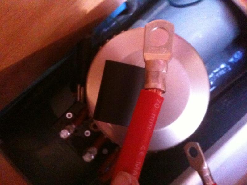 Pose et installation d'un propulseur d'étrave (Quick BTQ85DP) Img_0622