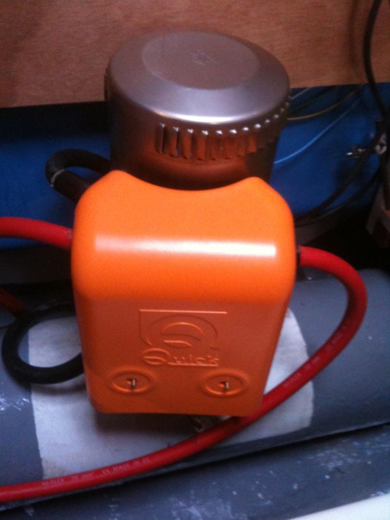 Pose et installation d'un propulseur d'étrave (Quick BTQ85DP) Img_0628