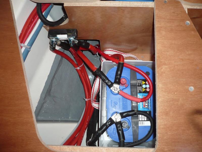 Pose et installation d'un propulseur d'étrave (Quick BTQ85DP) P1290312