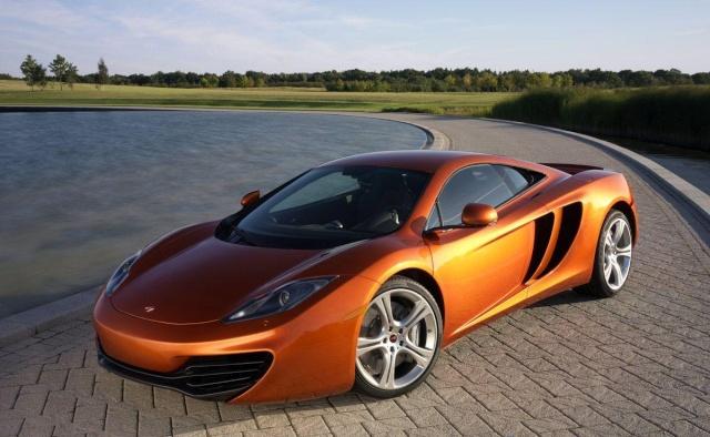 McLaren fait son show dans les vignes du Médoc Mclare11