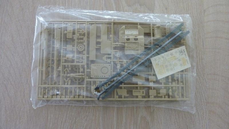 Unboxing: Esci 8029, M12 Gun Motor Carriage 155mm 021-fo10