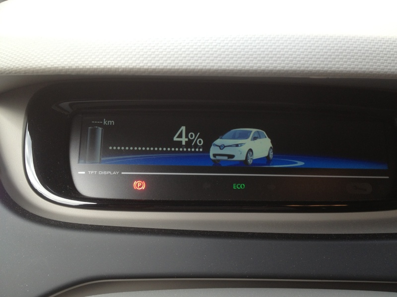 203km avec une charge! 23kWh affiché! Img_0112