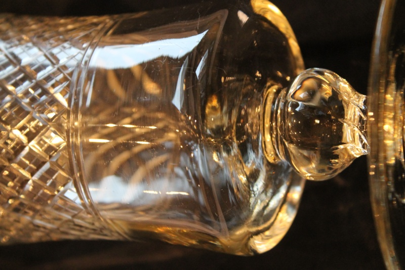 Got some lovely looking stuff the other day. First off... a vase? Img_1212