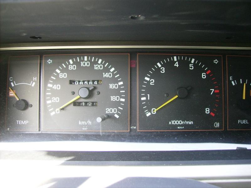 Nissan / Datsun Laurel C31 2.4 de 1983 Pict0314
