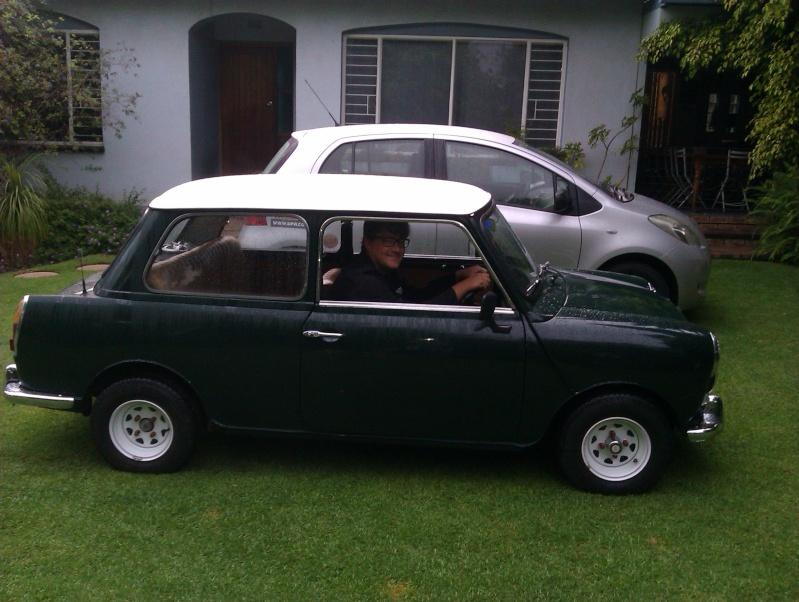 Austin Mini MK3 Imag0212