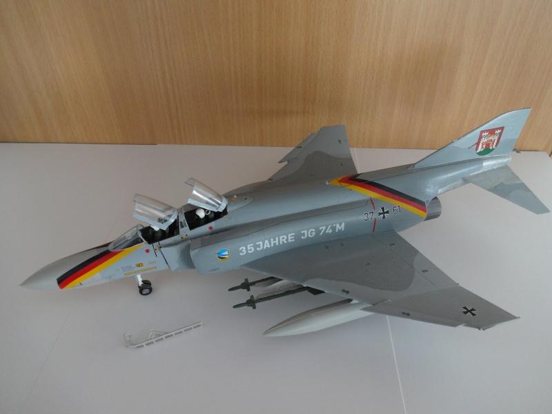 F4 Phantom II anniversaire 35 ans Dsc00119