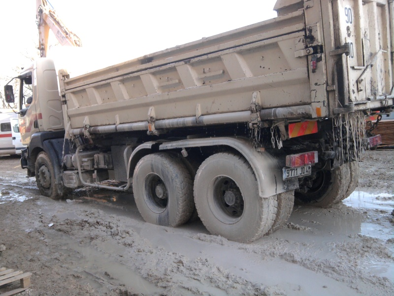 Nouvelle gamme Renault Trucks - Page 2 Photo010