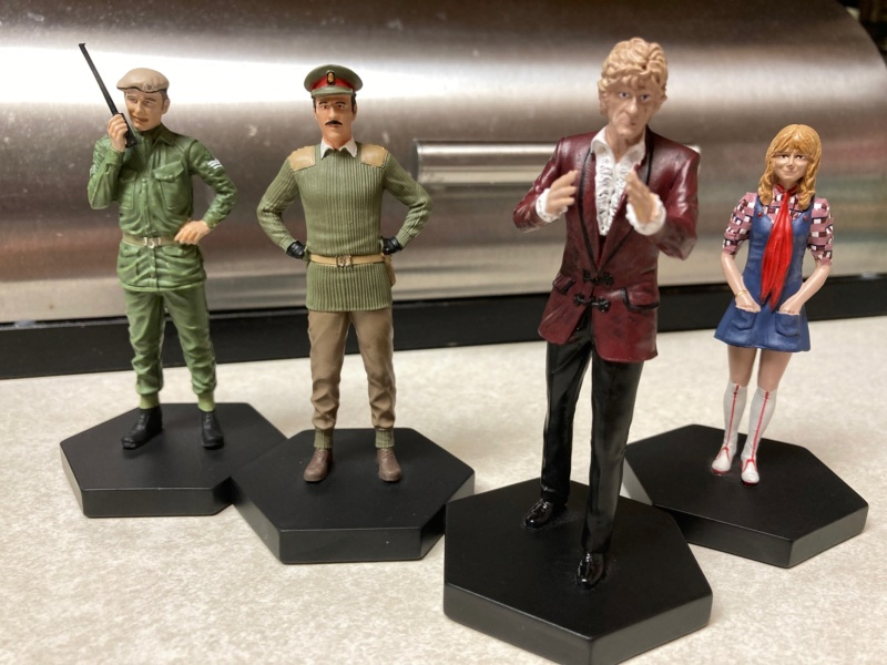 Show off your Eaglemoss figurines!!! - Page 9 Pert_s12
