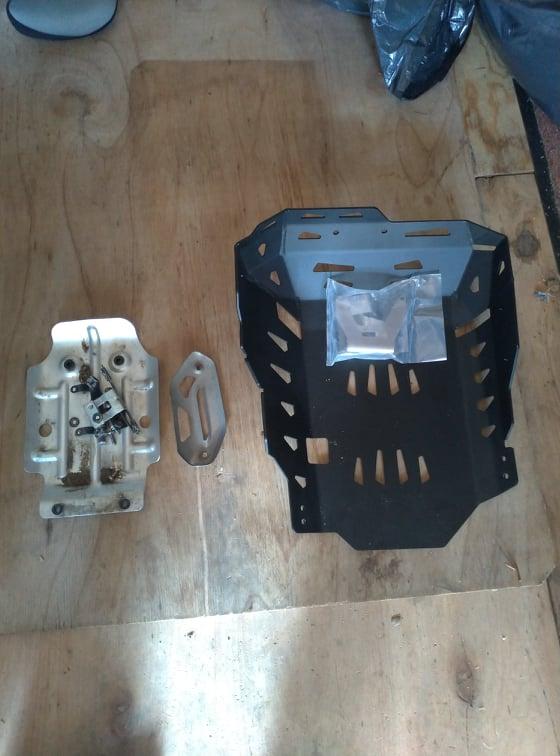 Sabot moteur et crash bar sur TRK502X 2021 20926710