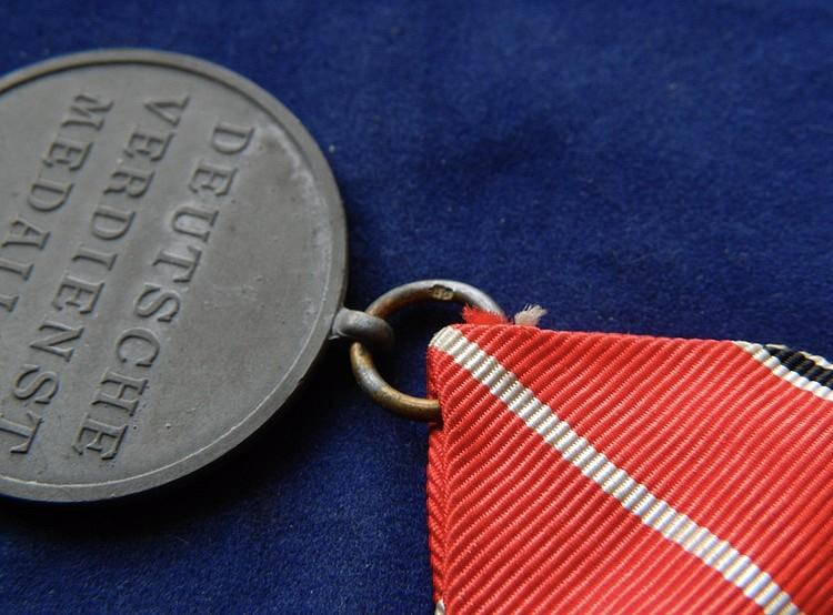 Médaille du Mérite bronze de L'Ordre de l'Aigle Allemand 0f4e4411