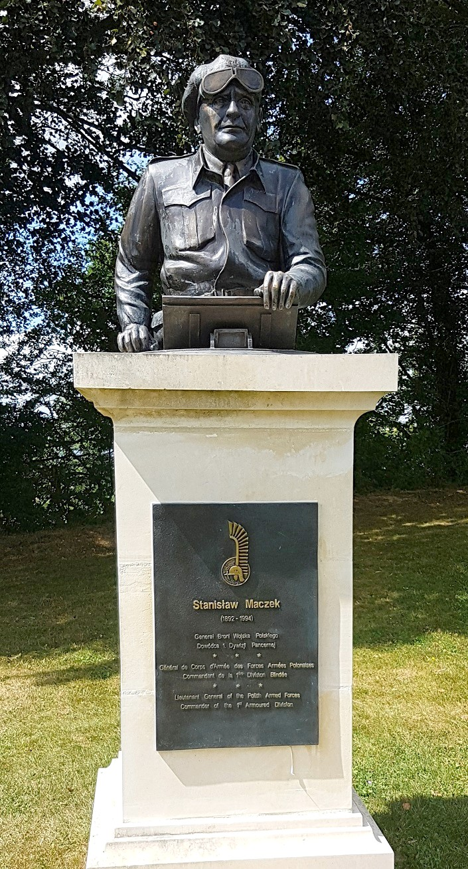 Diplome Flak-Sturm Poche de Falaise + Photos Memorial de Montormel 20180815