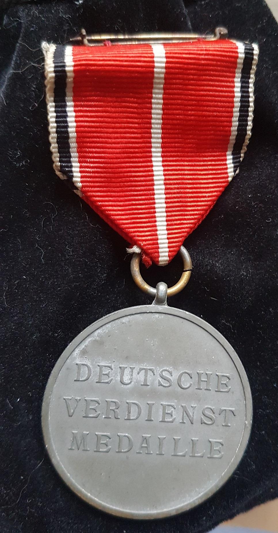 Médaille du Mérite bronze de L'Ordre de l'Aigle Allemand 20191216