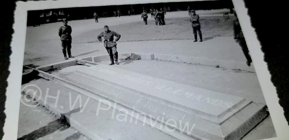 Album Photos WH - L'Invasion Allemande 1940 ! 56614110