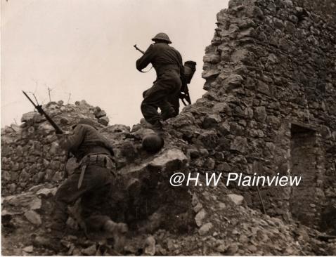 Enorme lot de Photos de Presses  US / Canada/ UK en Europe et Asie 1944/45 !!! Image_12