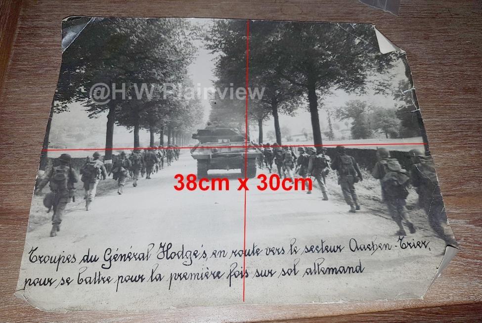 Enorme lot de Photos de Presses  US / Canada/ UK en Europe et Asie 1944/45 !!! Image_43