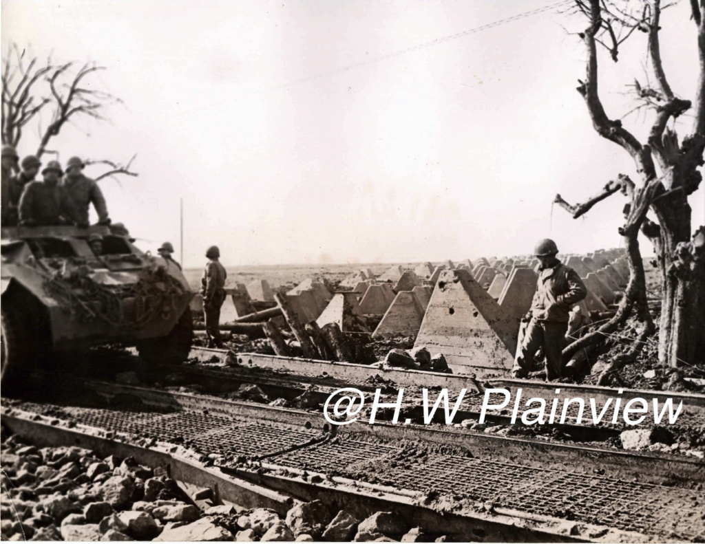 Enorme lot de Photos de Presses  US / Canada/ UK en Europe et Asie 1944/45 !!! Ligne_10