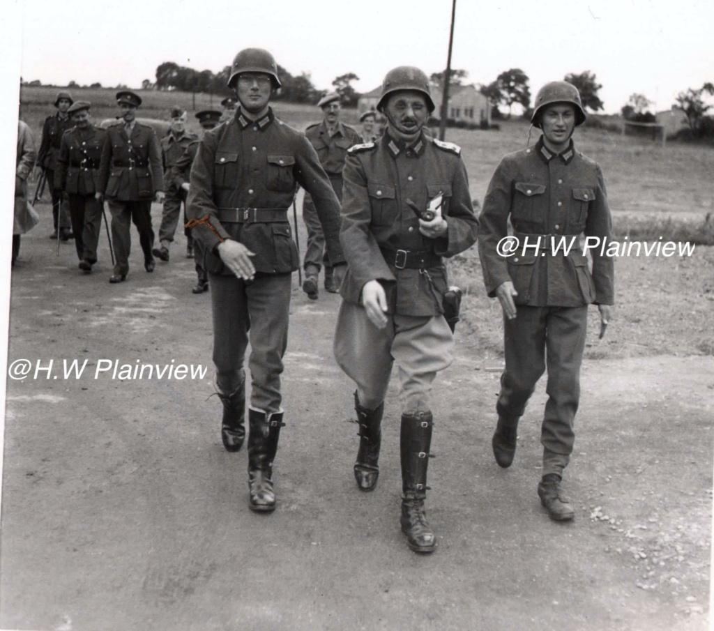 Enorme lot de Photos de Presses  US / Canada/ UK en Europe et Asie 1944/45 !!! Unname35