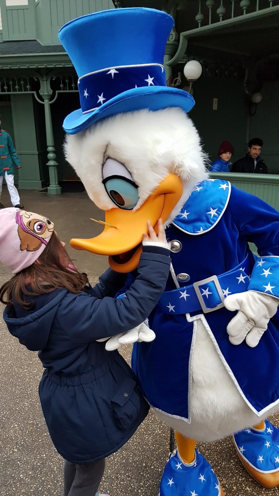 Quel(s) personnage(s) aimeriez-vous ou n'avez-vous jamais rencontré à DLP? - Page 10 Disney12