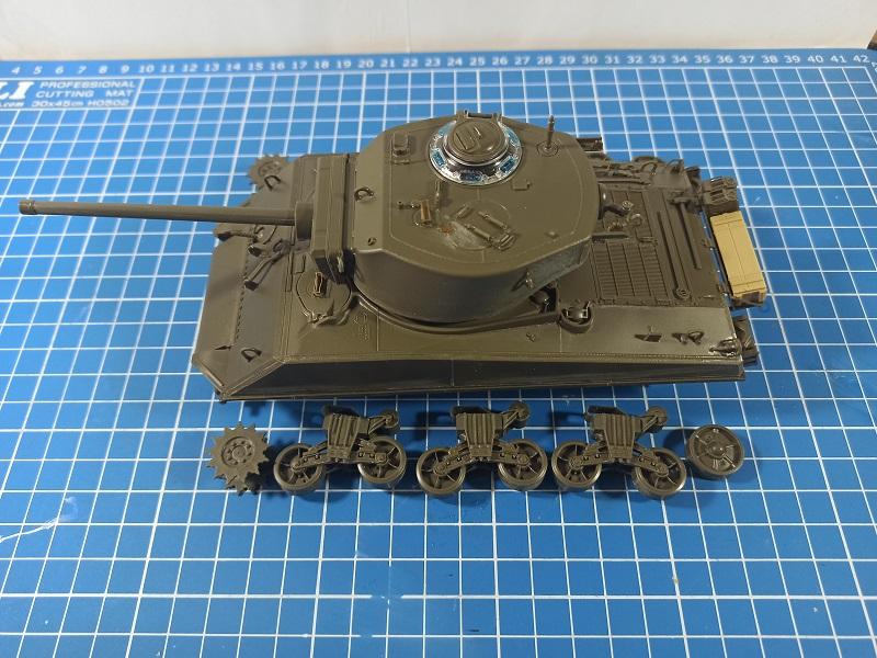 [Terminé] M4A3E2 Sherman 'Jumbo' [Tasca 35-021] - 1/35 - Page 2 0131