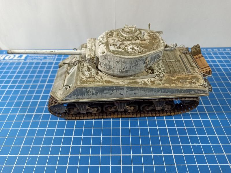 [Terminé] M4A3E2 Sherman 'Jumbo' [Tasca 35-021] - 1/35 - Page 7 0144