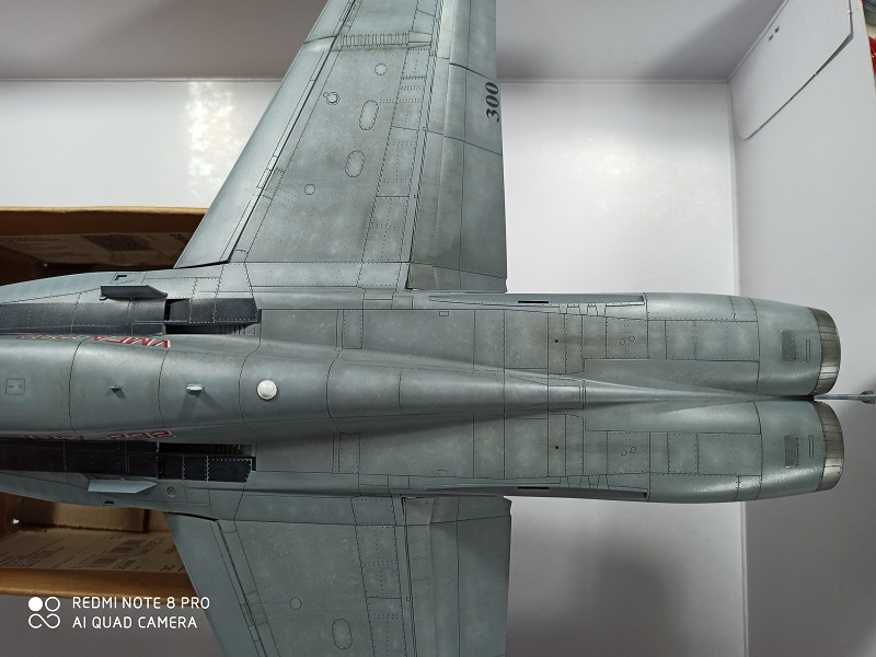 F-18 A+ 1/32 [Academy 12107] [Montage terminé] - Page 2 0213