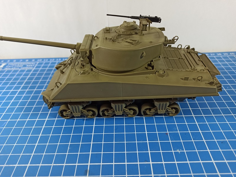 [Terminé] M4A3E2 Sherman 'Jumbo' [Tasca 35-021] - 1/35 - Page 3 0235