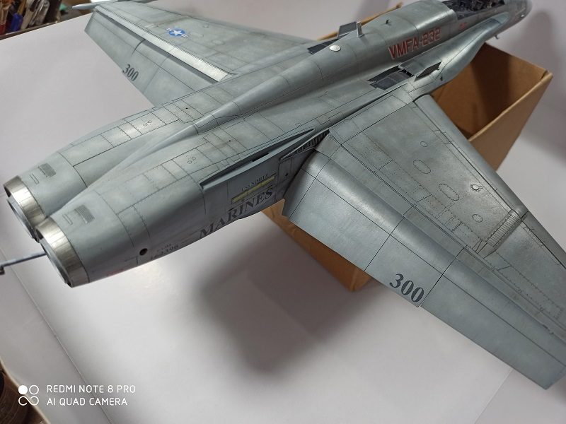 F-18 A+ 1/32 [Academy 12107] [Montage terminé] - Page 2 0313
