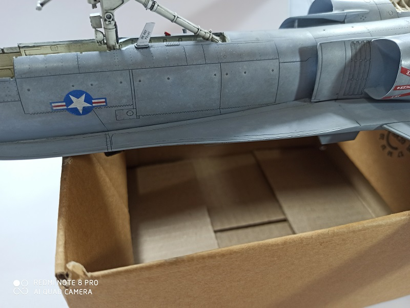 F-18 A+ 1/32 [Academy 12107] [Montage terminé] - Page 2 0413