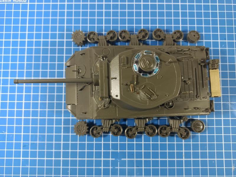 [Terminé] M4A3E2 Sherman 'Jumbo' [Tasca 35-021] - 1/35 - Page 2 0425