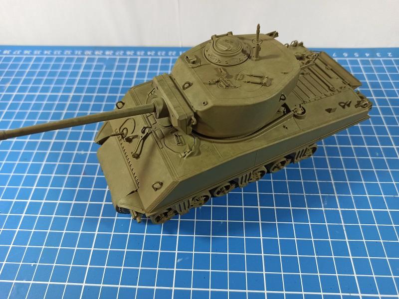[Terminé] M4A3E2 Sherman 'Jumbo' [Tasca 35-021] - 1/35 - Page 4 0430