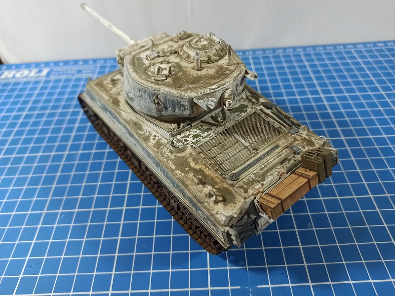 [Terminé] M4A3E2 Sherman 'Jumbo' [Tasca 35-021] - 1/35 - Page 7 0435