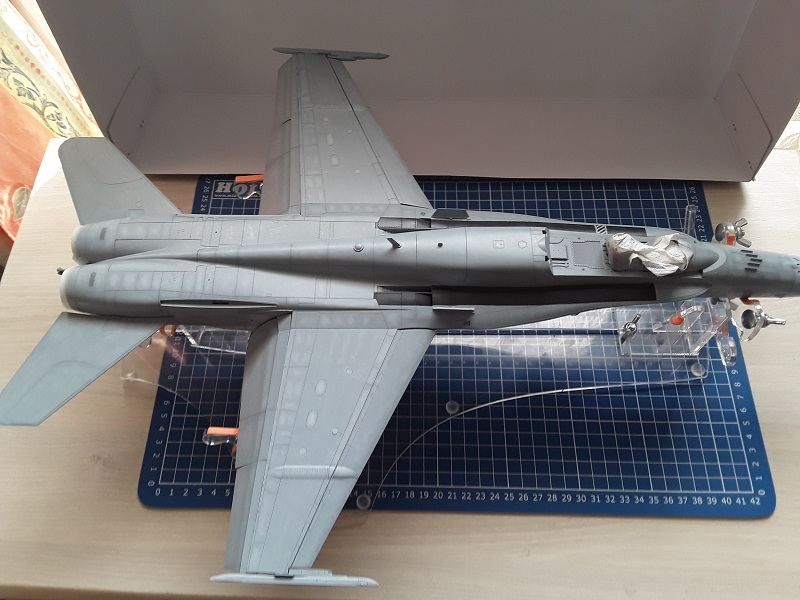 F-18 A+ 1/32 [Academy 12107] [Montage terminé] 0511