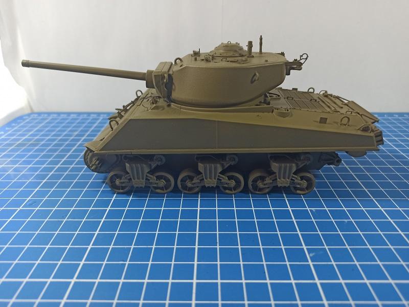 [Terminé] M4A3E2 Sherman 'Jumbo' [Tasca 35-021] - 1/35 - Page 3 0519