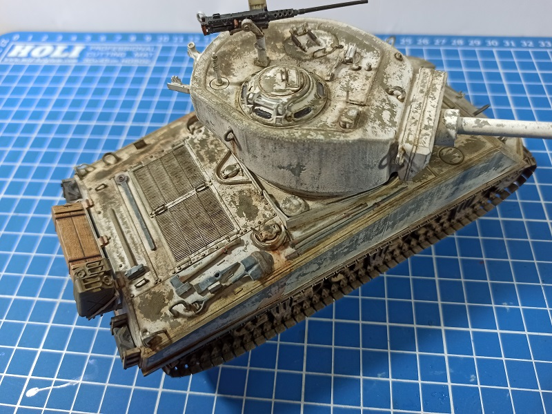 [Terminé] M4A3E2 Sherman 'Jumbo' [Tasca 35-021] - 1/35 - Page 7 Img_2088
