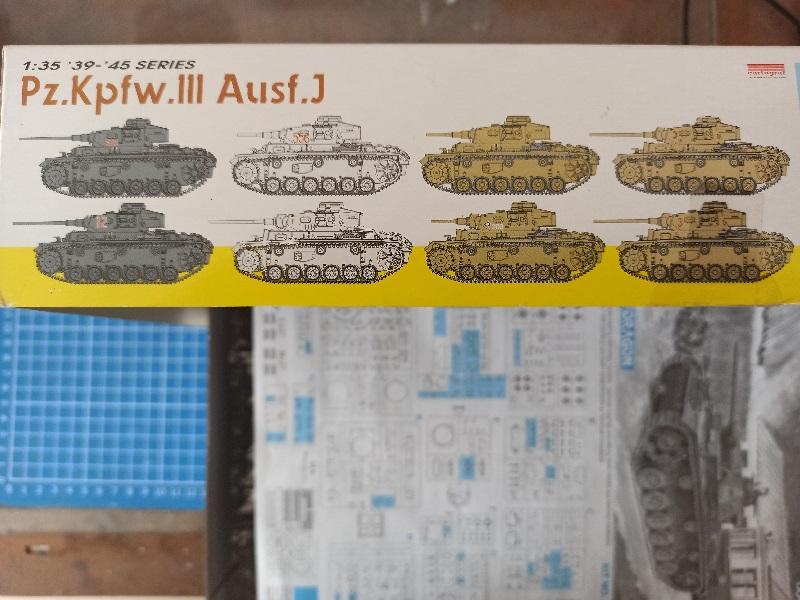 Pz.Kpfw.III Ausf.J [Dragon-6394] Img_2089
