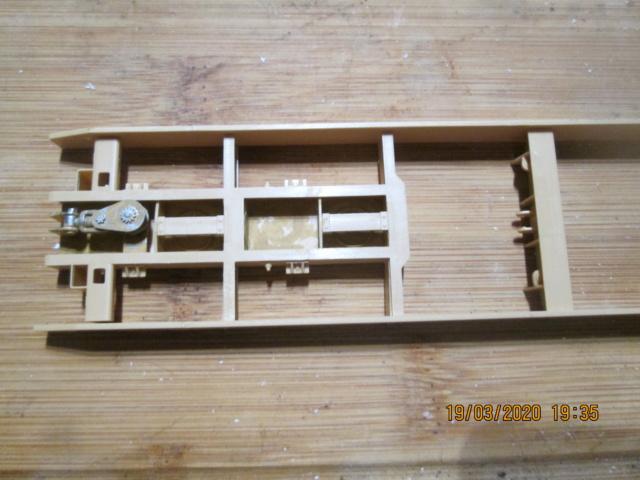 M911 C HET w/M747 HEAVY EQUIPMENT SEMI TRAILER de HOBBY BOSS AU 1/35 Img_0011