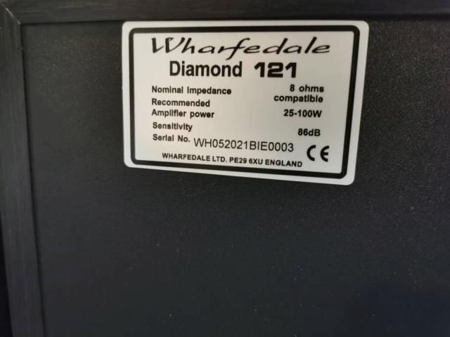 Wharfedale Diamond-121 Bookshelf Speaker (Used) 412