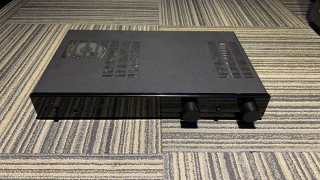 Aura AUV-80 SE Integrated Amplifier (Used) SOLD Img_1639
