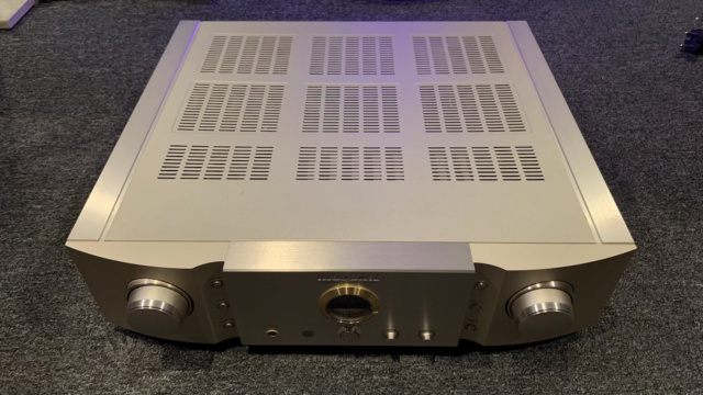 Marantz PM-15S1 Integrated Stereo Amplifier (Used) Img_1711