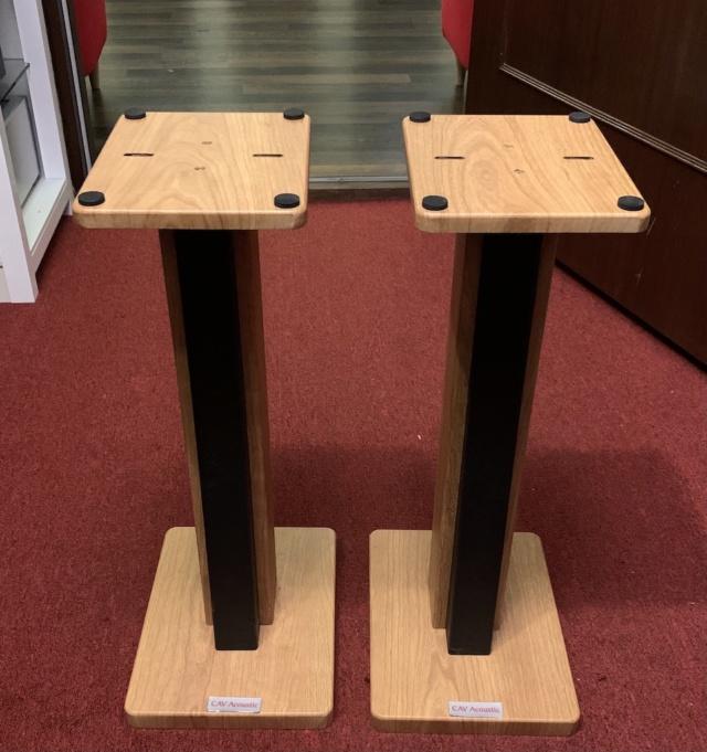 "CAV Acoustic 24"" Solid Wood Speaker Stand (Oak) (Used) Img_2137"