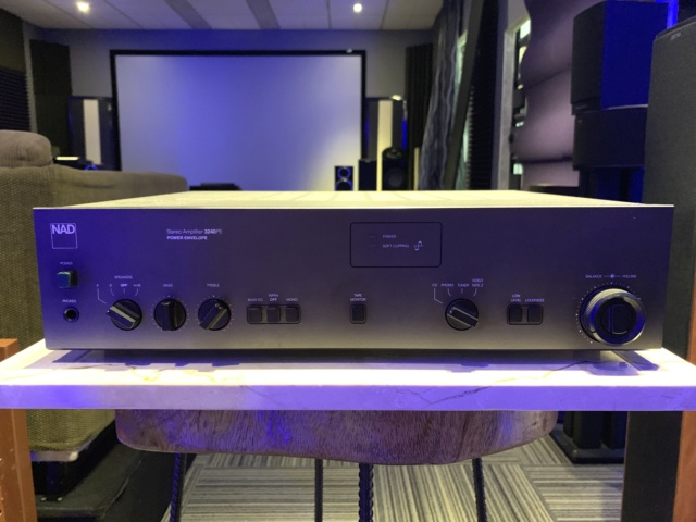 NAD 3240PE Stereo Integrated Amplifier (Used) Img_2214