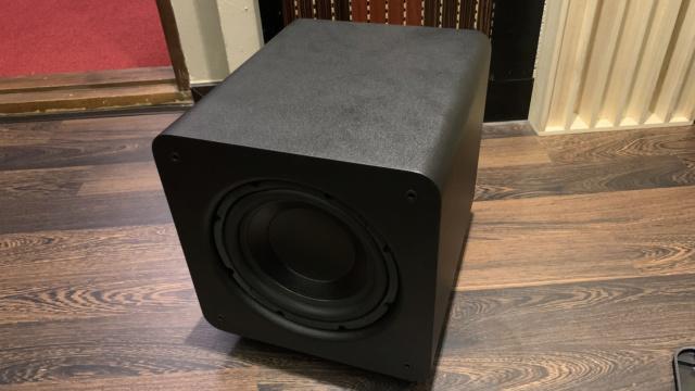"""Polk Audio PSW 111 8"""" 300 Watt Active Subwoofer (Used) Img_2613"""