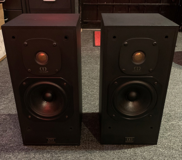 Monitor Audio Monitor Gold 7 Bookshelf Speaker (Sold) Img_2912