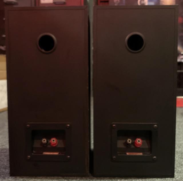 Monitor Audio Monitor Gold 7 Bookshelf Speaker (Sold) Img_2914
