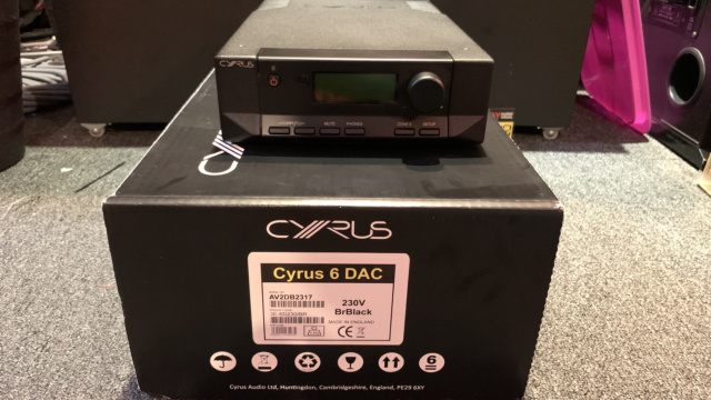 Cyrus 6 DAC Integrated Amplifier Full Set with Original Box (Used) Img_3315