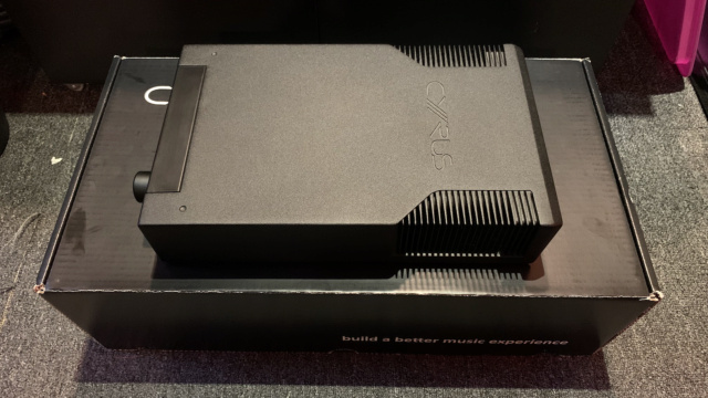 Cyrus 6 DAC Integrated Amplifier Full Set with Original Box (Used) Img_3317