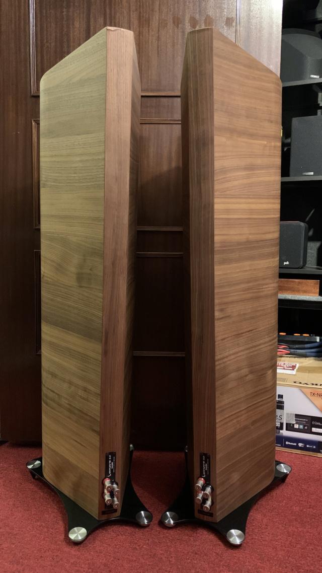 Sonus Faber Venere 3.0 Floorstanding Speaker (Used) Img_3613
