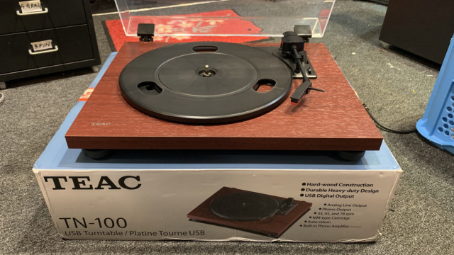 Teac TN-100 Belt-drive Turntable with USB output (Used) Img_3911