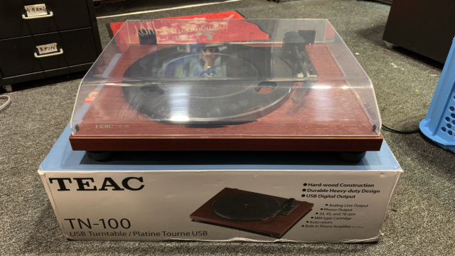 Teac TN-100 Belt-drive Turntable with USB output (Used) Img_3912