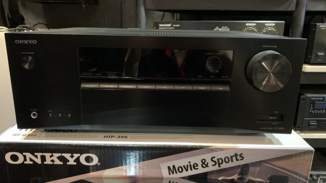 Onkyo HT-3800 5.1-Channel Home Theater Receiver/Speaker Package (Used) Img_4015